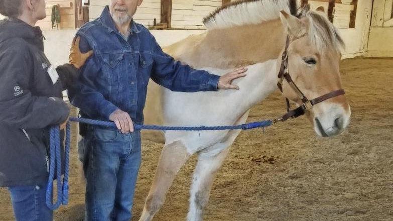 Cancer Lifeline & EvergreenHealth: Equine Facilitated Support Workshop